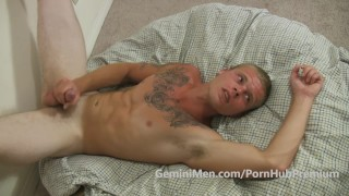 HAIRY CHESTED BUTCH BLONDE CUB SHOOTS ON HIS OWN FACE!!