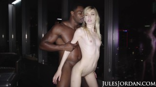 Jules Jordan – Mackenzie Moss' First Interracial