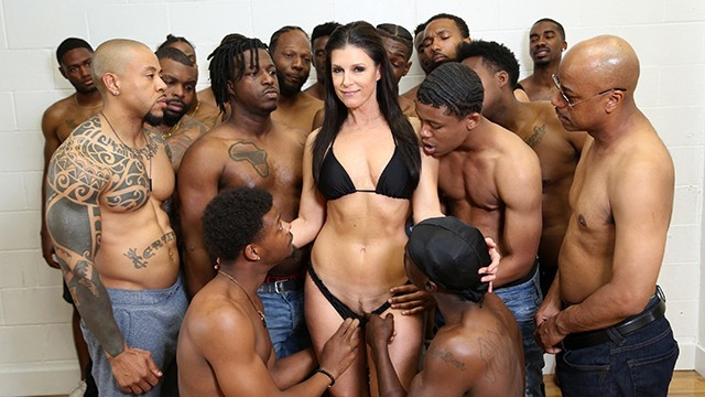 Largest documented breast - Dr. india summer conducts her largest group therapy session to date