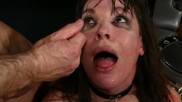 MetroVideos - Dana Dearmod likes its rough 32