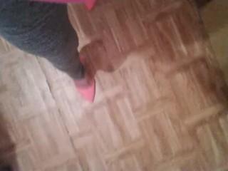 feet N175...