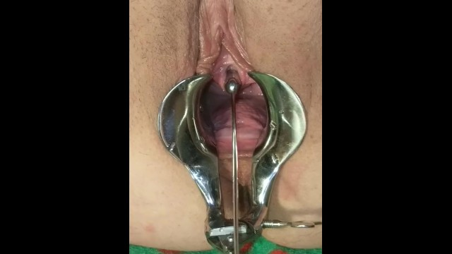Urethral bdsm Female urethral stretching and squirting extreme bdsm medical play torture