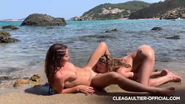 Clea Gaultier & Angel Emily, lesbians in Ibiza 10