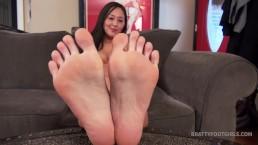 Sumiko Hot Asian Soles JOI