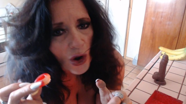 Gummy worms in pussy Making your ass soaked gummy worms -custom video