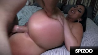 Sexy Bubble Butt Bangs Huge Dick (Brittany Shae) – Spizoo