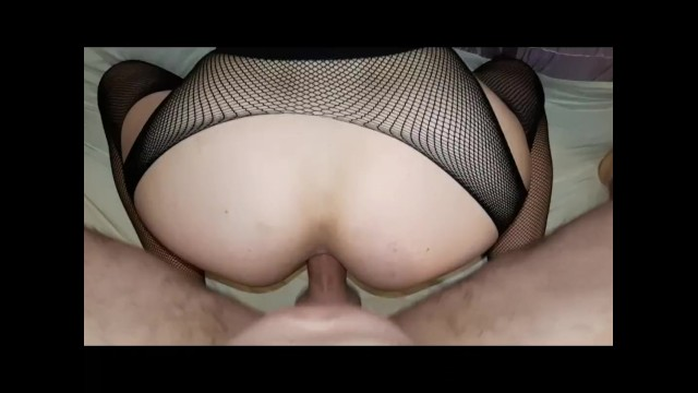 Why would sex hurt - Omg thats the wrong hole it hurts - accidental anal with creampie