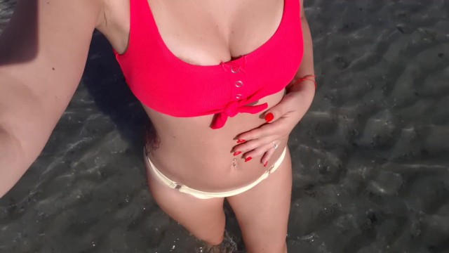 Bouching boobs - Big boobs naked and touching at beach
