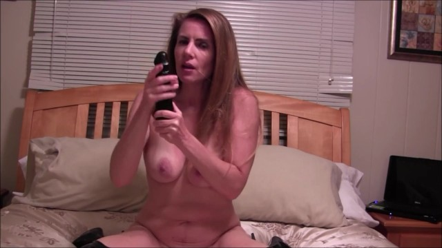 Download Gratis Video Nikita Mirzani Nikki Instructs You On How To Jerk Off
