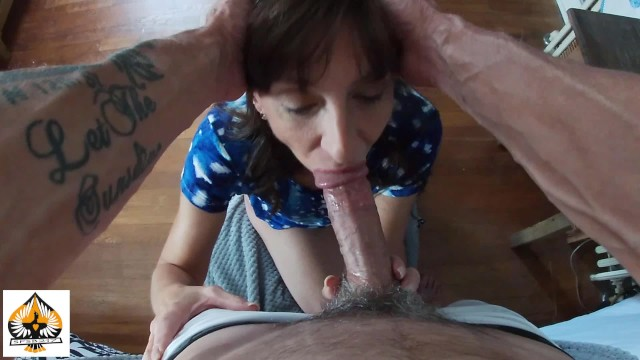 4k PETITE MILF GIVES A SLOPPY DEEPTHROAT AND BALL SUCK TO BBC PART 2