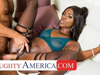 Naughty America Kassandra Kelly (Ana Foxxx) fucks neighbor