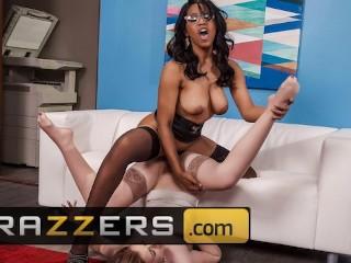 Brazzers - Ebony boss Jenna Foxx punishes intern Danni Rivers