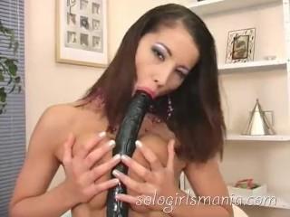Sologirlsmania horny brunette slut angel dark fucking black...