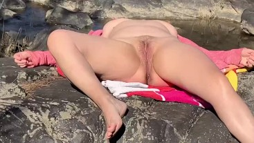Spring Nude Public Outdoor Sunbathe Piss & Quick Fuck