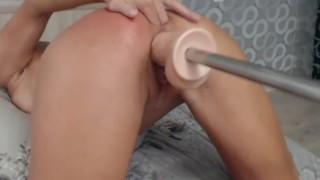 Hot Female gets Crazy Anal Orgasm fucking machine so Fast & Body Oil HD