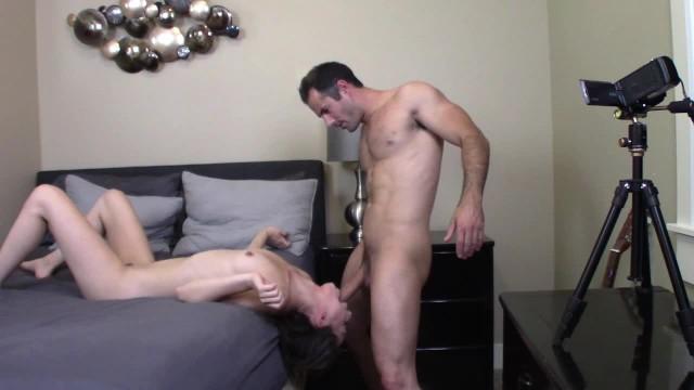 Madres maduras morenas porn My afternoon w/ porn starlet ariel grace