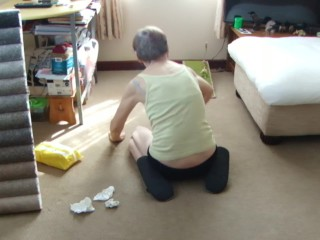 Sexy Way To Clean The Carpet!….Look At my Bum And Knickers …seeexy…