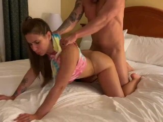 She is twerking and riding cock at the same time (28 Aug 2019)