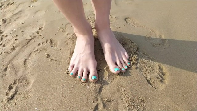 Footprints in the sand as requested ! - Tori toes 50