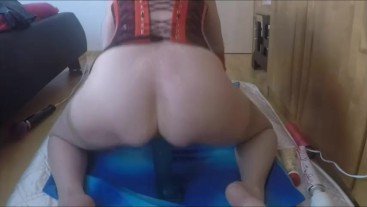 Big Dildo ride squirting Orgasmus Amateur