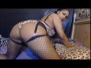 Hot black dominatrix mynx alexandria ass shaking...