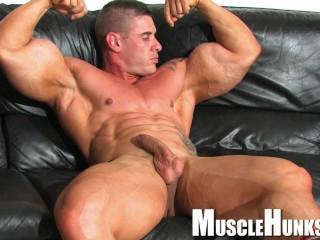 Young hardcore bodybuilder...
