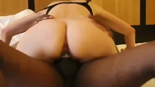i am fucking my hot neighbour after visiting me hotly. 32