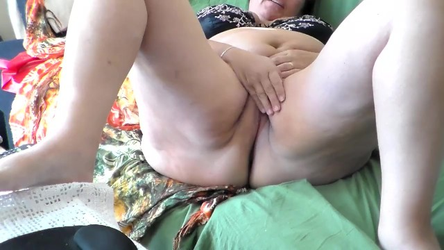 Jen is Rubbing her Clit on the Sofa 7
