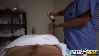 BANGBROS - Big Tits Masseuse Gives Me Happy Ending Handjob