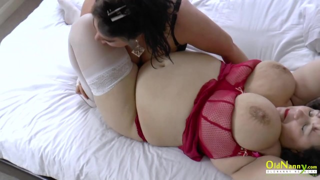 OldNannY Two Lesbians Afterparty Morning Action 4