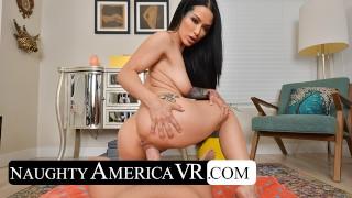 Naughty America - Katrina Jade gibt dir eine private Bikini Show