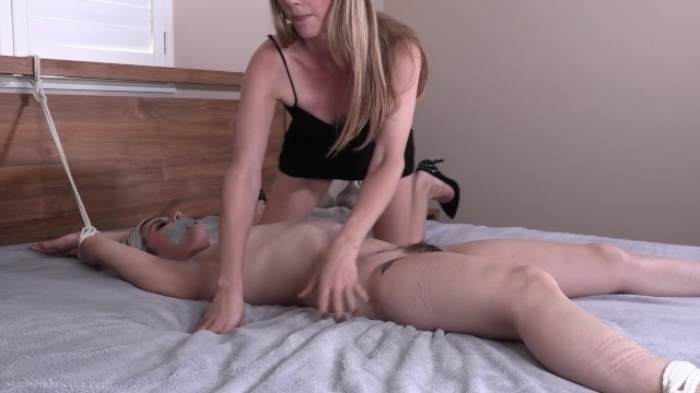 Teasing Penelope - Lesbian Domination Penelope Reed Star Nine FULL VIDEO