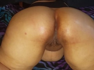 Bbw with big beautiful booty loves her ass...