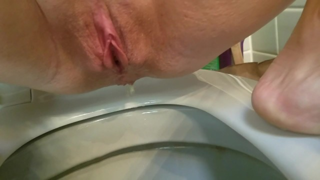 Amateur;Babe;Blonde;Fetish;MILF;Anal;Exclusive;Verified Amateurs;Pissing;Verified Couples;Solo Female pee, piss, pissy-party, dripping, butt-play, anal, peeing-inside-ass, peeing-inside-her, peeing-while-fucking