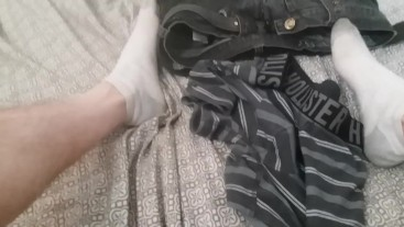 Watch me spit on myself and cum on my dirty socks