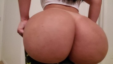 A Pawg With Big Tits Begs For Cock Before Bed