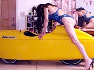 2 Tranny-Girls Take Turns Masturbating On A Velo-Car