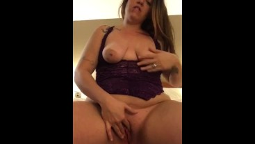 Watching Tinder date jerk off while I play with my pussy