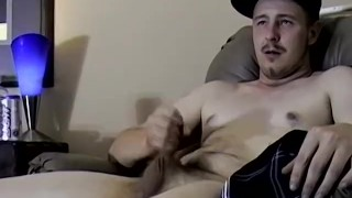 Amateur stud Cricket cums while wanking off passionately