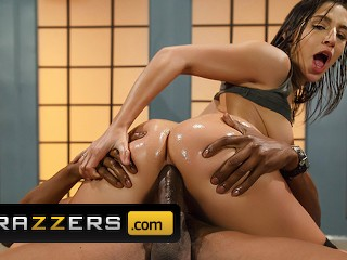 Brazzers charming abella danger knows how to handle...