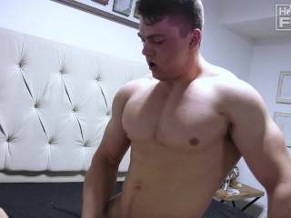 All-American Handsome Bodybuilder Coverboy Uses TOO HARD And Plows Pussy