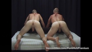 2 STR8T BROTHER COMPARE BUTTS & HOLES!!