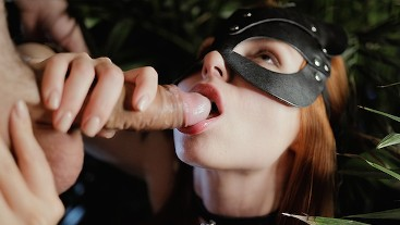 ORAL CREAMPIE IN NIGHT JUNGLE. Little thirsty cat found her sweet cum-meal)