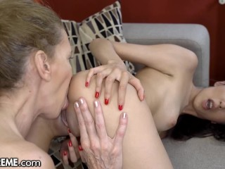 21 granny pool foreplay...
