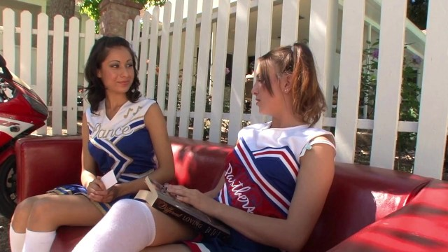 Small tits Teen Cheerleaders have sexytime after the practice in the garden