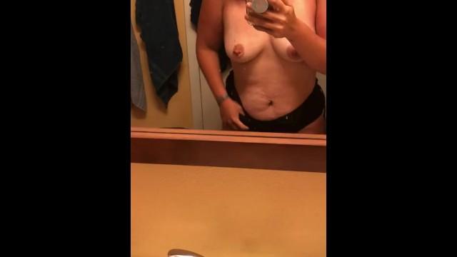Amateur;Big Ass;BBW;Big Tits;Brunette;MILF;Exclusive;Verified Amateurs;Solo Female;Tattooed Women Sunburnt-Milf, big-ass