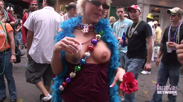 You Might Catch Your Neighbor Flashing On One Of These Videos 10