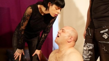 Beth Kinky - Huge spits on slave's face by dominant cpuple HD