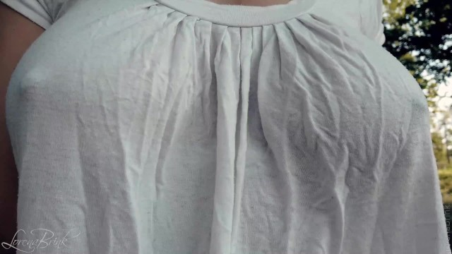 Boobs bouncing when walking - Bouncing boobs in shirt while walking and running 4 braless