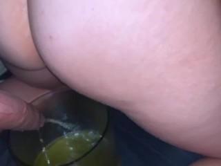 TMD: MILF Prolapsing Her Ass & Peeing!